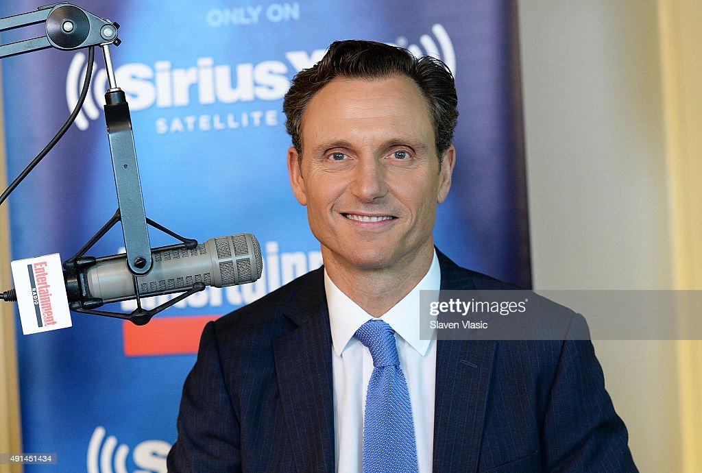 Actor Tony Goldwyn visits Entertainment Radio at SiriusXM Studios on October 5, 2015 in New York City.