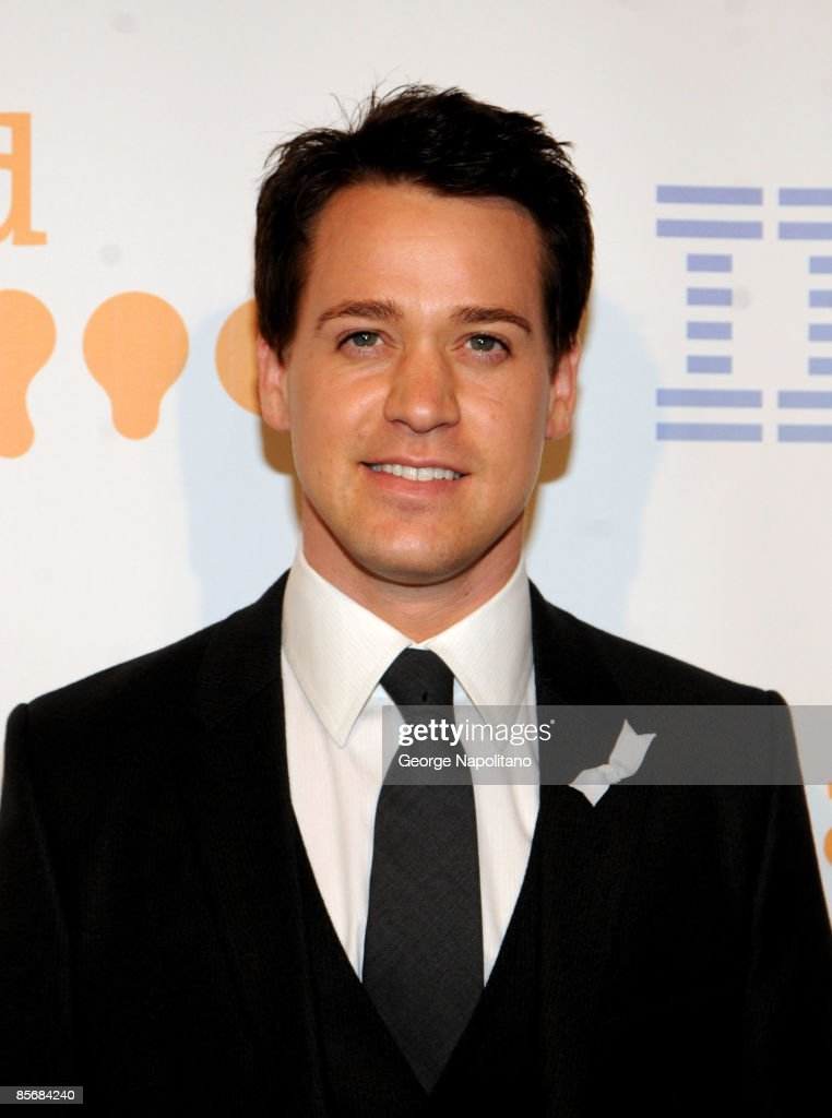 Actor T.R. Knight arrives at the 20th Annual GLAAD Media Awards at the Marriott Marquis on March 28, 2009 in New York City.