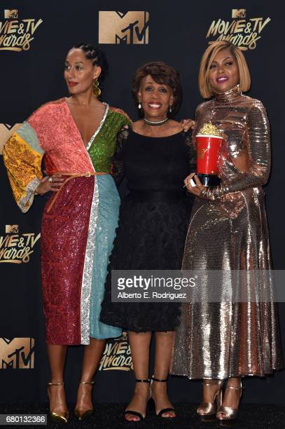 Actor Tracee Ellis Ross Congresswoman Maxine Waters and actor Taraji P Henson winner of Best Fight Against the System for 'Hidden Figures' pose in...