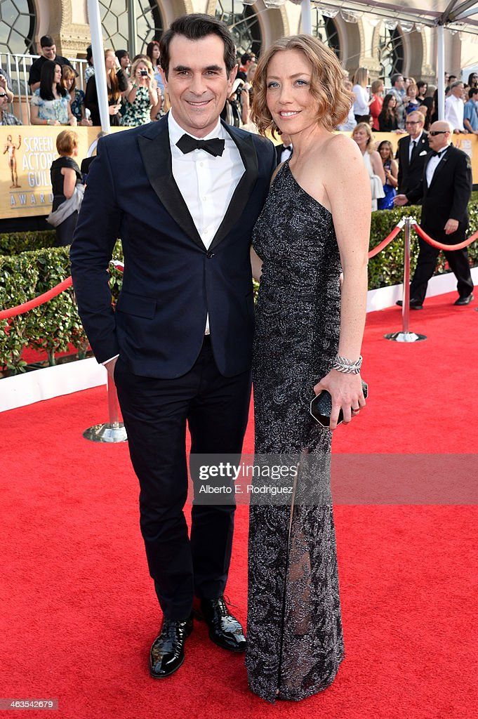 Actor Ty Burrell and his wife Holly Anne Brown attend the 20th Annual Screen Actors Guild Awards at The Shrine Auditorium on January 18 2014 in Los...
