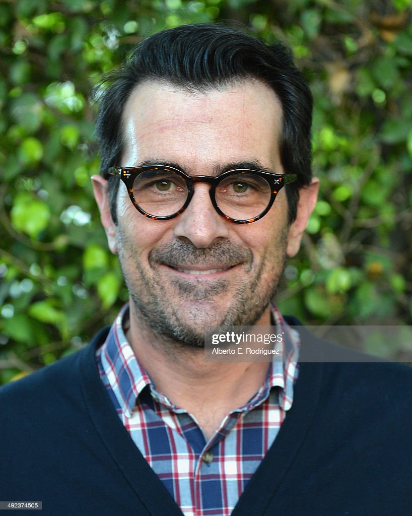 Actor <a gi-track='captionPersonalityLinkClicked' href=/galleries/search?phrase=Ty+Burrell&family=editorial&specificpeople=700077 ng-click='$event.stopPropagation()'>Ty Burrell</a> attends a 'Modern Family' Wedding episode screening at Zanuck Theater at 20th Century Fox Lot on May 19, 2014 in Los Angeles, California.