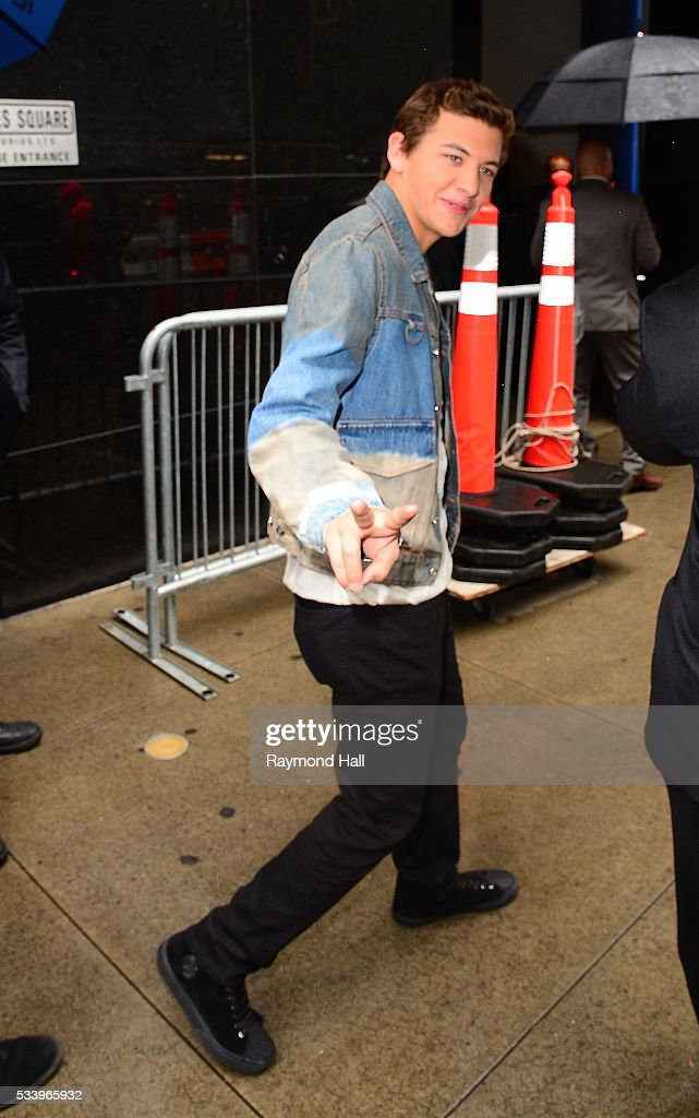 Actor <a gi-track='captionPersonalityLinkClicked' href=/galleries/search?phrase=Tye+Sheridan&family=editorial&specificpeople=7807719 ng-click='$event.stopPropagation()'>Tye Sheridan</a> is seen on the set of 'Good Morning America' on May 24, 2016 in New York City.