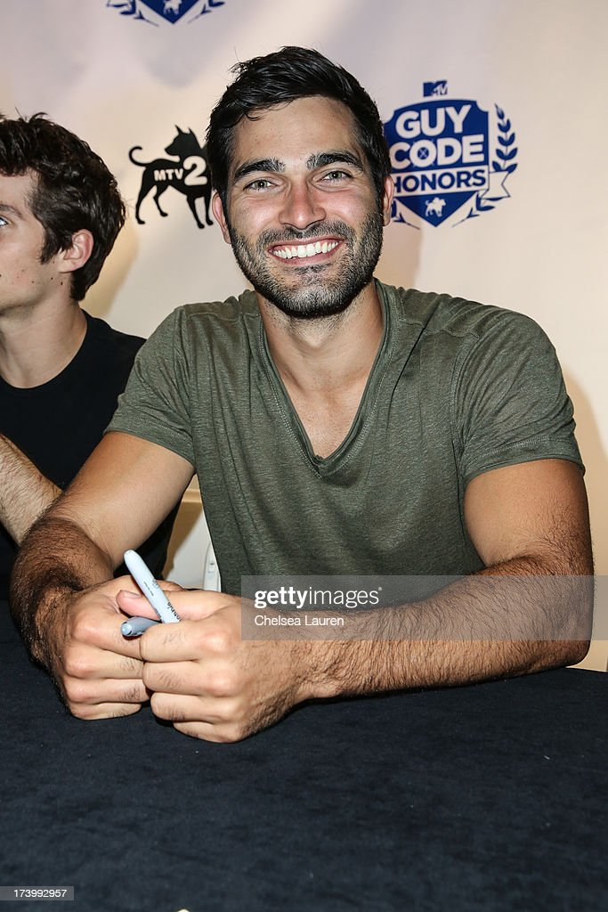 Actor <a gi-track='captionPersonalityLinkClicked' href=/galleries/search?phrase=Tyler+Hoechlin&family=editorial&specificpeople=228774 ng-click='$event.stopPropagation()'>Tyler Hoechlin</a> attends MTV2 Party in The Park at Comic-Con International 2013 at PETCO Park on July 18, 2013 in San Diego, California.