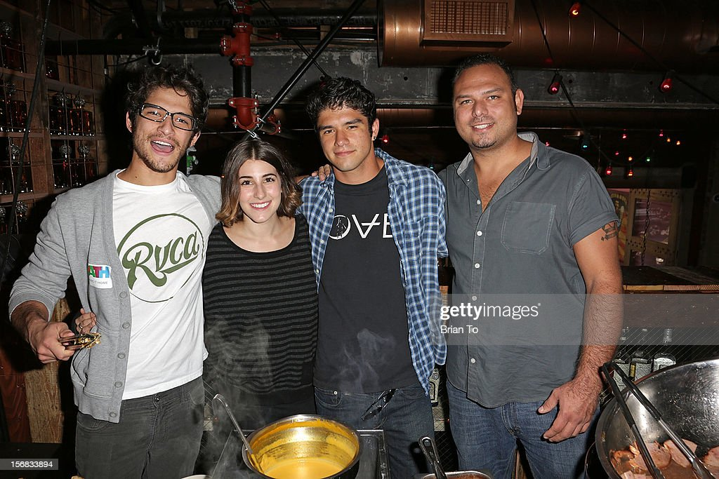 Actor <a gi-track='captionPersonalityLinkClicked' href=/galleries/search?phrase=Tyler+Posey&family=editorial&specificpeople=3201481 ng-click='$event.stopPropagation()'>Tyler Posey</a>, Seana Gorlick, Jesse Posey, and Derek Posey attend PATH's 4th Annual Thanksgiving Meal at Pink Taco on November 22, 2012 in Los Angeles, California.