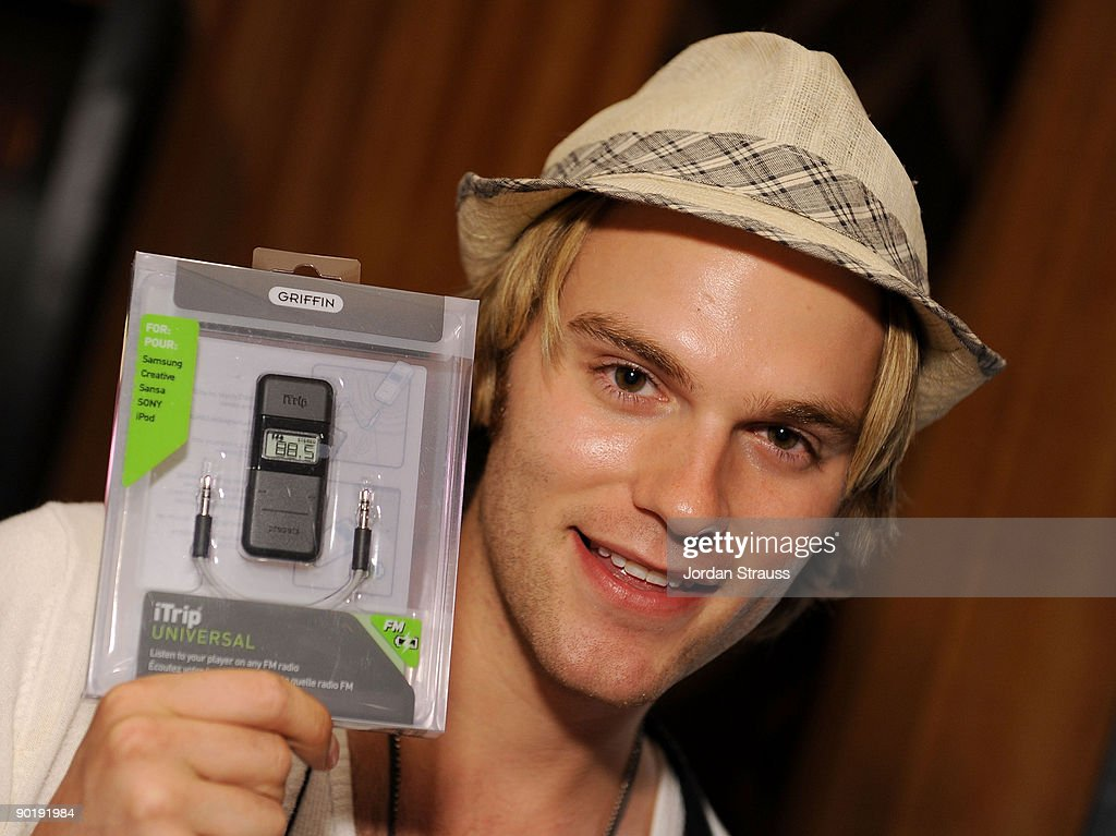 Actor Van Hansis poses in the Daytime Emmy official gift lounge produced by On 3 Productions held at The Orpheum Theatre on August 29, 2009 in Los Angeles, California.