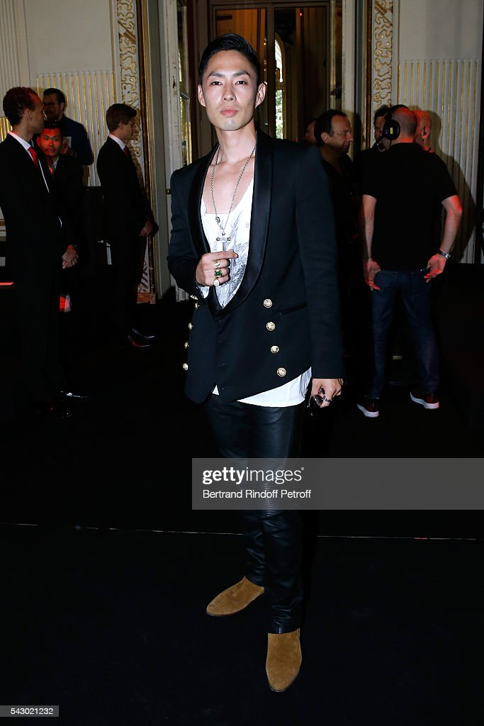 Actor <a gi-track='captionPersonalityLinkClicked' href=/galleries/search?phrase=Vanness+Wu&family=editorial&specificpeople=644546 ng-click='$event.stopPropagation()'>Vanness Wu</a> attends the Balmain Menswear Spring/Summer 2017 show as part of Paris Fashion Week on June 25, 2016 in Paris, France.
