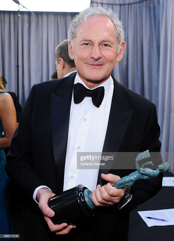 Actor <a gi-track='captionPersonalityLinkClicked' href=/galleries/search?phrase=Victor+Garber&family=editorial&specificpeople=208795 ng-click='$event.stopPropagation()'>Victor Garber</a> attends the 19th Annual Screen Actors Guild Awards at The Shrine Auditorium on January 27, 2013 in Los Angeles, California. (Photo by Stefanie Keenan/WireImage) 23116_025_2121.jpg