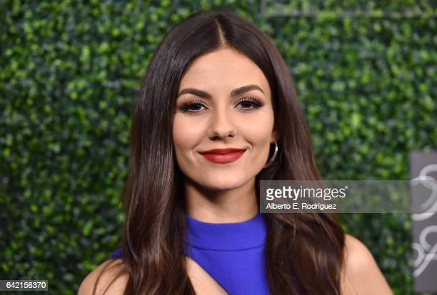 Actor Victoria Justice attends WCRF's 'An Unforgettable Evening' presented by Saks Fifth Avenue at the Beverly Wilshire Four Seasons Hotel on...