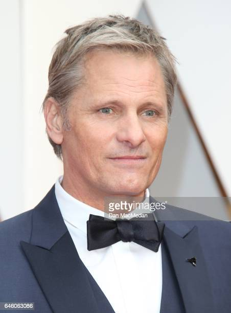 Actor Viggo Mortensen arrives at the 89th Annual Academy Awards at Hollywood Highland Center on February 26 2017 in Hollywood California