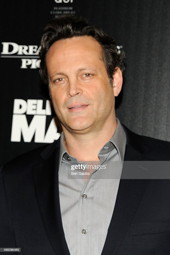Actor <a gi-track='captionPersonalityLinkClicked' href=/galleries/search?phrase=Vince+Vaughn&family=editorial&specificpeople=182440 ng-click='$event.stopPropagation()'>Vince Vaughn</a> attends DreamWorks Pictures & The Cinema Society host a screening of 'Delivery Man' at the Paley Center For Media on November 17, 2013 in New York City.
