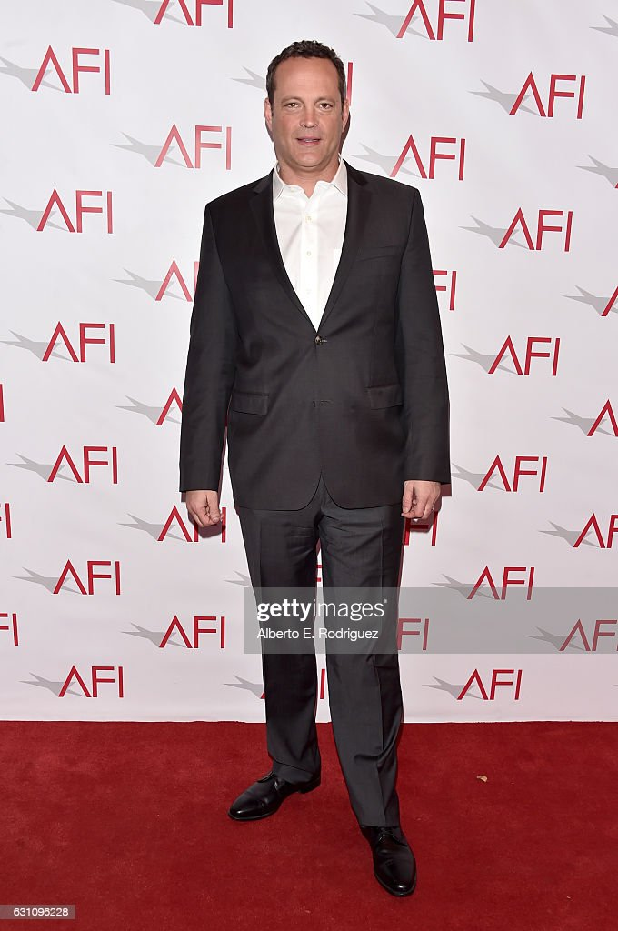 actor-vince-vaughn-attends-the-17th-annual-afi-awards-at-four-seasons-picture-id631096228