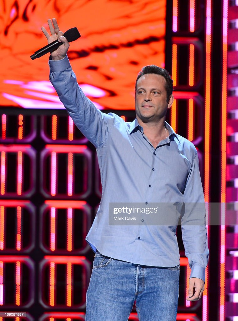 Actor <a gi-track='captionPersonalityLinkClicked' href=/galleries/search?phrase=Vince+Vaughn&family=editorial&specificpeople=182440 ng-click='$event.stopPropagation()'>Vince Vaughn</a> attends 'The Big Live Comedy Show' presented by YouTube Comedy Week held at Culver Studios on May 19, 2013 in Culver City, California.