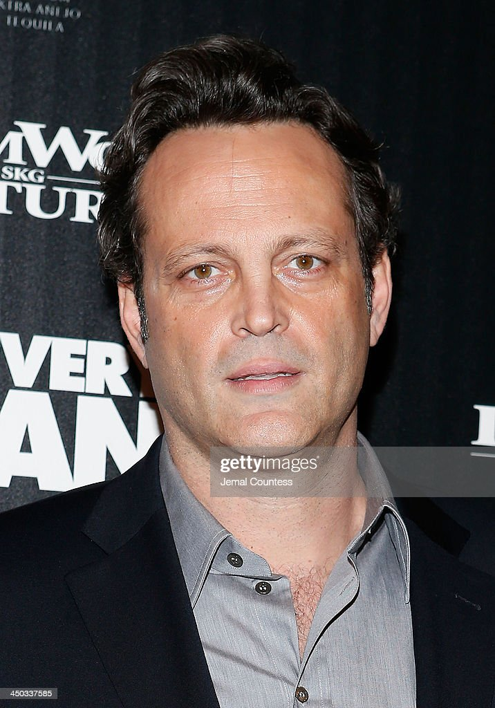 Actor <a gi-track='captionPersonalityLinkClicked' href=/galleries/search?phrase=Vince+Vaughn&family=editorial&specificpeople=182440 ng-click='$event.stopPropagation()'>Vince Vaughn</a> attends the screening of 'Delivery Man' hosted by DreamWorks Pictures and The Cinema Society at Paley Center For Media on November 17, 2013 in New York City.