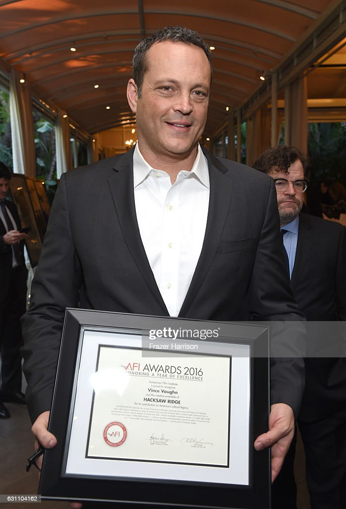 actor-vince-vaughn-poses-with-award-during-the-17th-annual-afi-awards-picture-id631104162