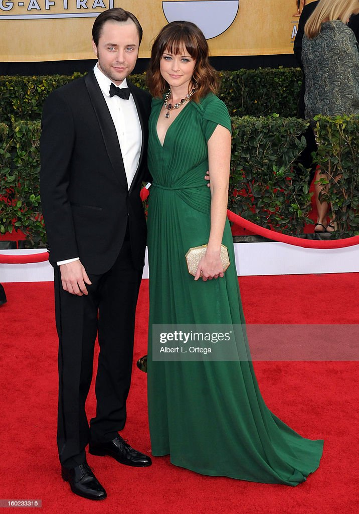 Actor Vincent Kartheiser and actress Alexis Bledel arrive for the 19th Annual Screen Actors Guild Awards - Arrivals held at The Shrine Auditorium on January 27, 2013 in Los Angeles, California.