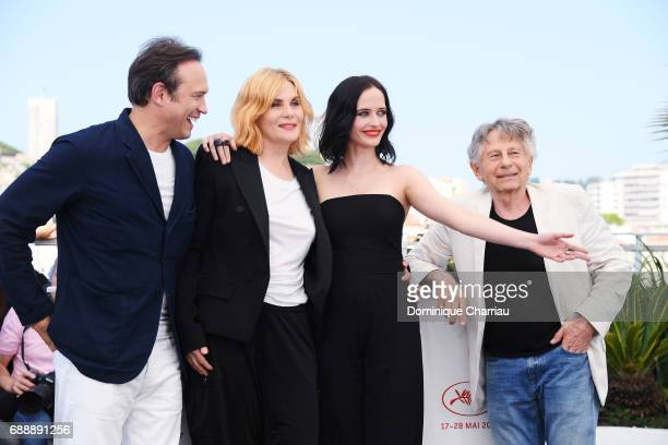 Actor Vincent Perez actresses Emmanuelle Seigner Eva Green and director Roman Polanski attend the 'Based On A True Story' photocall during the 70th...