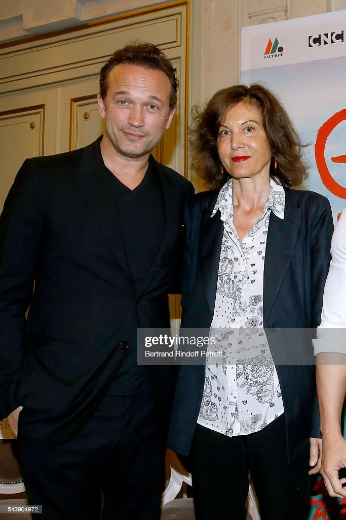 Actor <a gi-track='captionPersonalityLinkClicked' href=/galleries/search?phrase=Vincent+Perez&family=editorial&specificpeople=243109 ng-click='$event.stopPropagation()'>Vincent Perez</a> and Director <a gi-track='captionPersonalityLinkClicked' href=/galleries/search?phrase=Anne+Fontaine&family=editorial&specificpeople=601319 ng-click='$event.stopPropagation()'>Anne Fontaine</a> attend 6th Chinese Film Festival