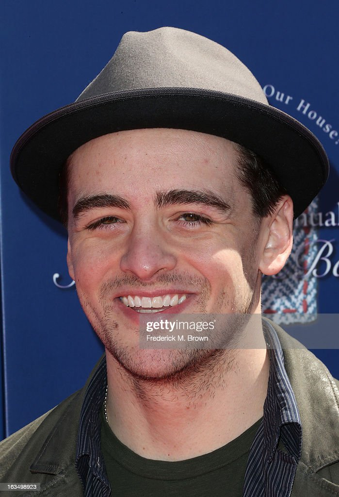 Actor <a gi-track='captionPersonalityLinkClicked' href=/galleries/search?phrase=Vincent+Piazza&family=editorial&specificpeople=2083910 ng-click='$event.stopPropagation()'>Vincent Piazza</a> attends John Varvatos 10th Annual Stuart House Benefit Presented by Chrysler, at John Varvatos Los Angeles on March 10, 2013 in Los Angeles, California.