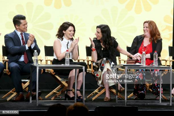Actor Vincent Rodriguez III actor/executive producer Rachel Bloom executive producer Aline Brosh McKenna and actor Donna Lynne Champlin of 'Crazy...