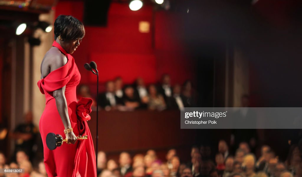 Actor Viola Davis accepts the Best Supporting Actress award for 'Fences' onstage during the 89th Annual Academy Awards at Hollywood & Highland Center on February 26, 2017 in Hollywood, California.