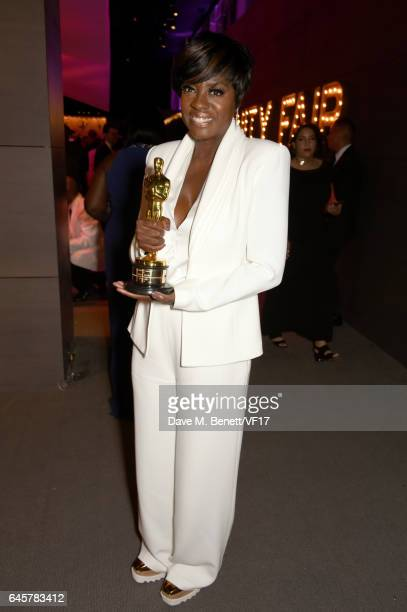Actor Viola Davis attends the 2017 Vanity Fair Oscar Party hosted by Graydon Carter at Wallis Annenberg Center for the Performing Arts on February 26...