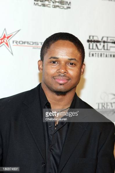 Walter Jones Stock Photos and Pictures | Getty Images