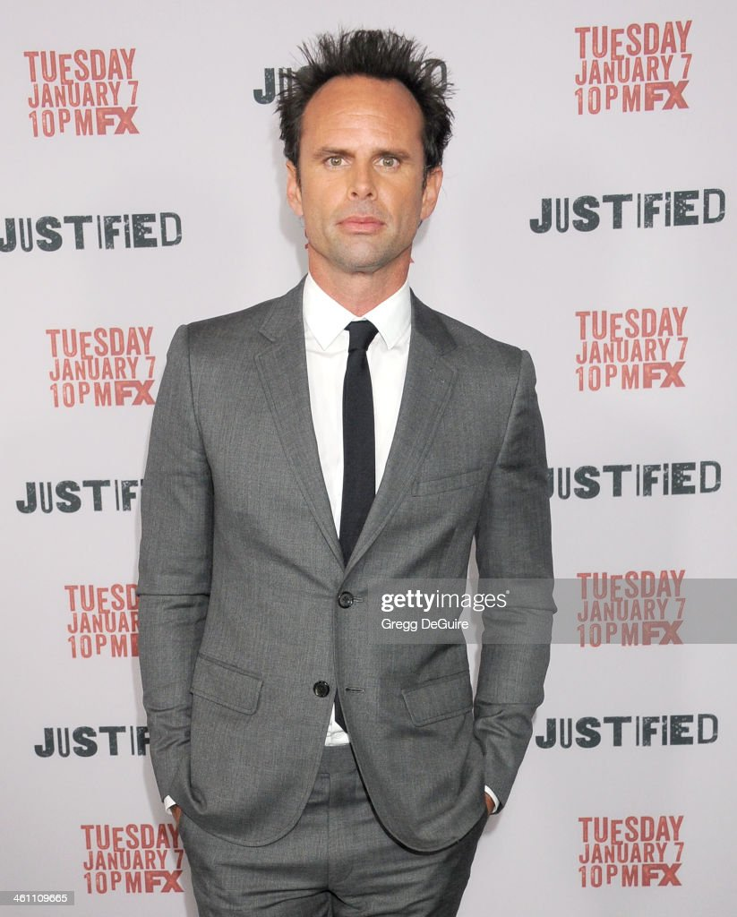 Actor <a gi-track='captionPersonalityLinkClicked' href=/galleries/search?phrase=Walton+Goggins&family=editorial&specificpeople=656067 ng-click='$event.stopPropagation()'>Walton Goggins</a> arrives at the Los Angeles premiere of FX 'Justified' at DGA Theater on January 6, 2014 in Los Angeles, California.