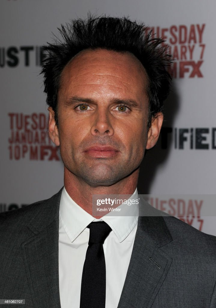 Actor <a gi-track='captionPersonalityLinkClicked' href=/galleries/search?phrase=Walton+Goggins&family=editorial&specificpeople=656067 ng-click='$event.stopPropagation()'>Walton Goggins</a> attends the season 5 premiere screening of FX's 'Justified' at the DGA Theater on January 6, 2014 in Los Angeles, California.