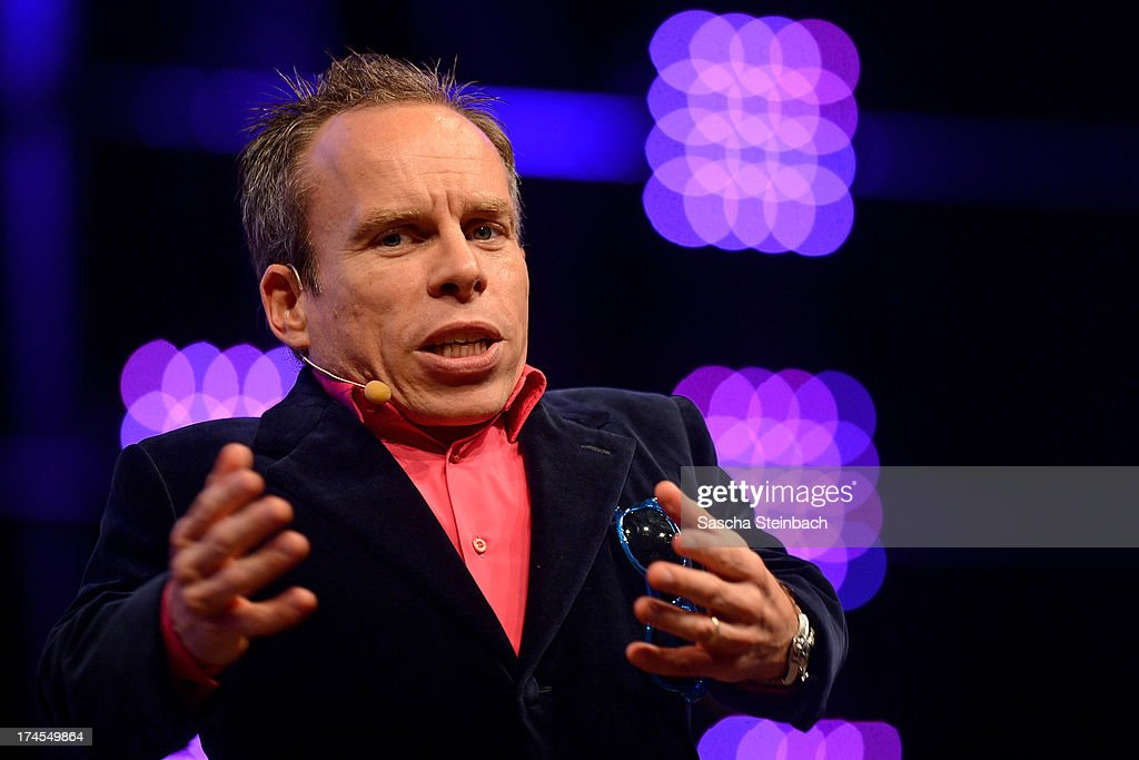 Actor <a gi-track='captionPersonalityLinkClicked' href=/galleries/search?phrase=Warwick+Davis&family=editorial&specificpeople=1182415 ng-click='$event.stopPropagation()'>Warwick Davis</a> attends the Star Wars Celebration at Messe Essen on July 27, 2013 in Essen, Germany.