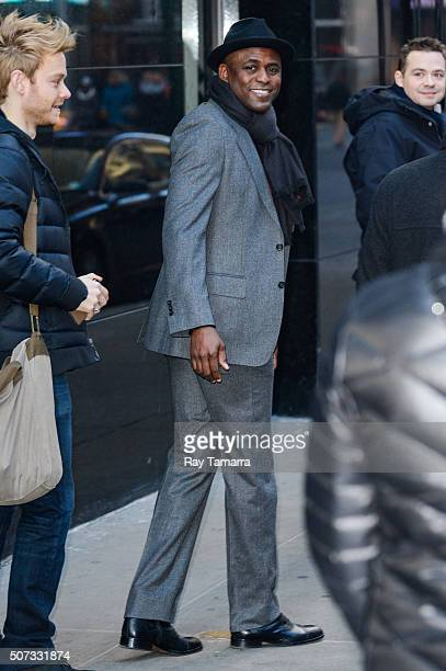 Actor Wayne Brady leaves the 'Good Morning America' taping at the ABC Times Square Studios on January 28 2016 in New York City
