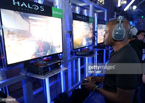 Actor Wayne Brady plays Halo 5 during the Xbox One E3 Showcase Party at The Majestic Downtown on June 15 2015 in Los Angeles California
