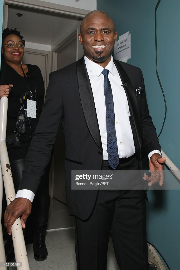 Actor <a gi-track='captionPersonalityLinkClicked' href=/galleries/search?phrase=Wayne+Brady+-+Actor&family=editorial&specificpeople=217495 ng-click='$event.stopPropagation()'>Wayne Brady</a> poses backstage during 'The BET Honors' 2015 at Warner Theatre on January 24, 2015 in Washington, DC.