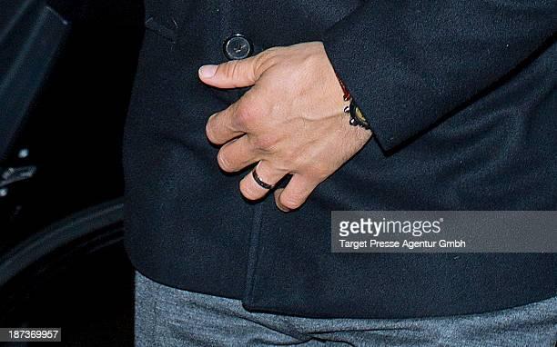 Actor Wayne Carpendale leaves the Regent Hotel on November 7 2013 in Berlin Germany