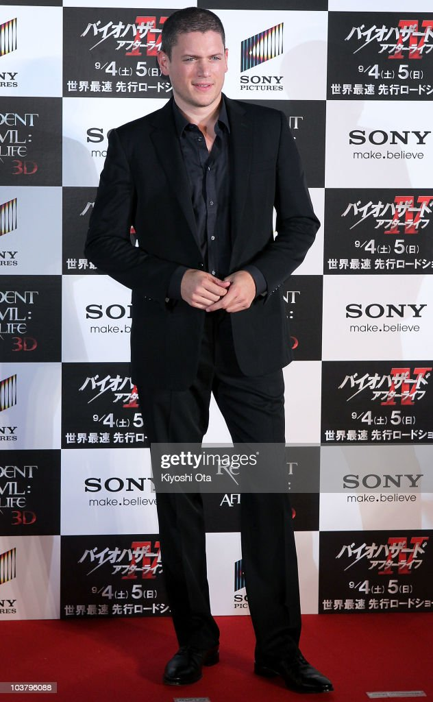 Actor Wentworth Miller poses on the red carpet during the World Premiere of 'Resident Evil Afterlife' at Roppongi Hills on September 2 2010 in Tokyo...