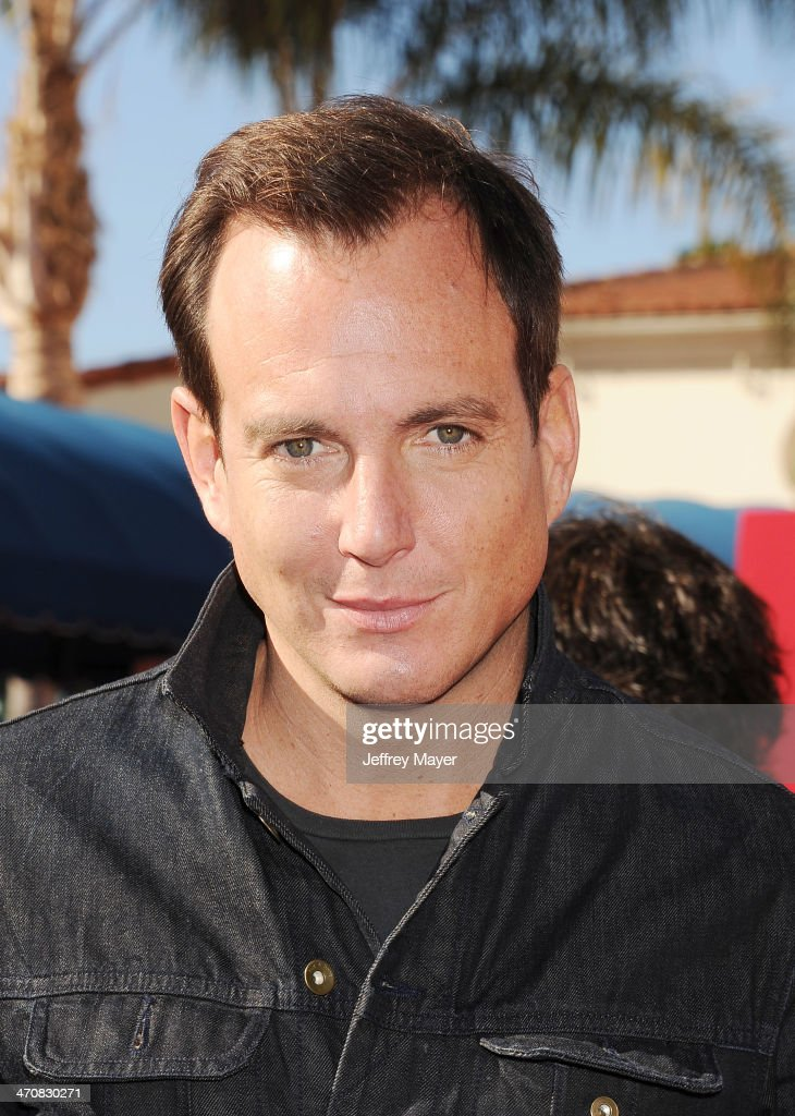Actor <a gi-track='captionPersonalityLinkClicked' href=/galleries/search?phrase=Will+Arnett&family=editorial&specificpeople=209259 ng-click='$event.stopPropagation()'>Will Arnett</a> arrives at the Los Angeles premiere of 'The Lego Movie' held at Regency Village Theatre on February 1, 2014 in Westwood, California.