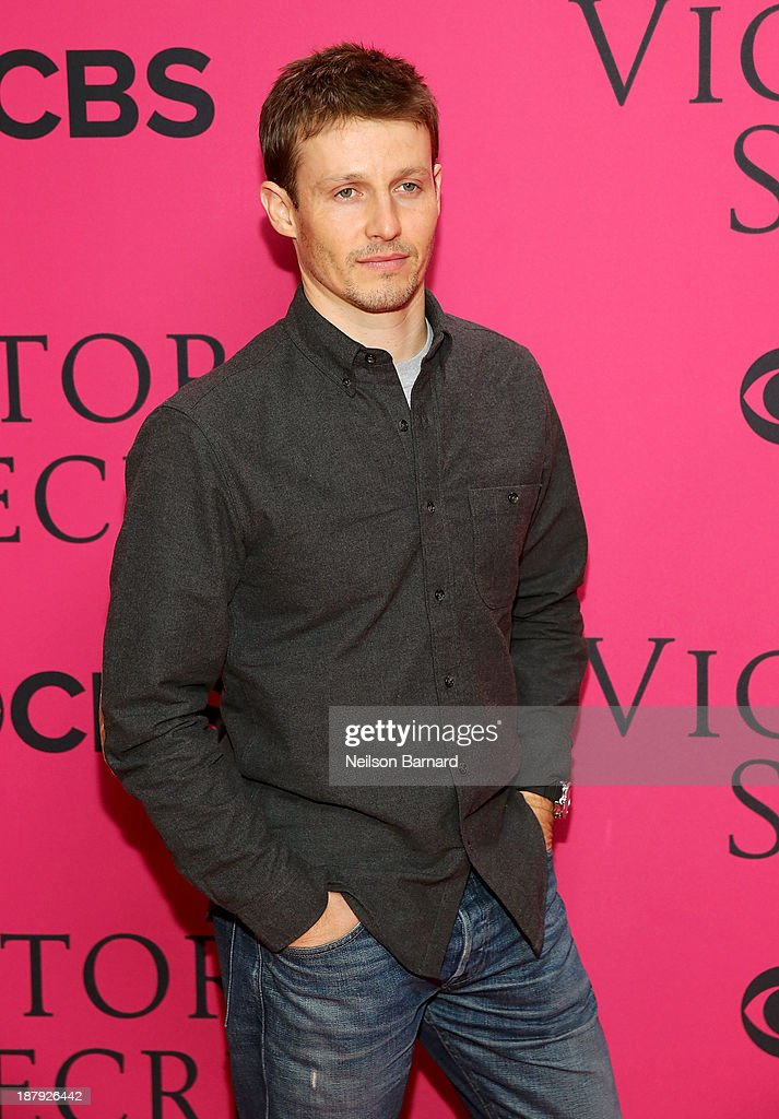 Actor <a gi-track='captionPersonalityLinkClicked' href=/galleries/search?phrase=Will+Estes&family=editorial&specificpeople=225054 ng-click='$event.stopPropagation()'>Will Estes</a> attends the 2013 Victoria's Secret Fashion Show at Lexington Avenue Armory on November 13, 2013 in New York City.