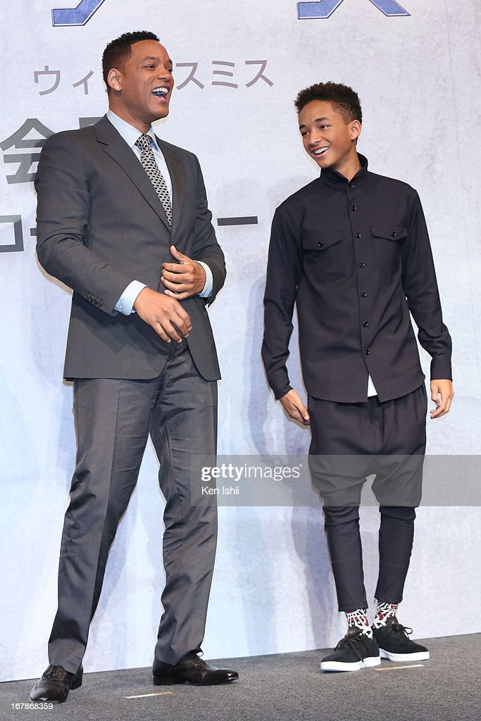 Actor <a gi-track='captionPersonalityLinkClicked' href=/galleries/search?phrase=Will+Smith&family=editorial&specificpeople=156403 ng-click='$event.stopPropagation()'>Will Smith</a> and <a gi-track='captionPersonalityLinkClicked' href=/galleries/search?phrase=Jaden+Smith&family=editorial&specificpeople=709174 ng-click='$event.stopPropagation()'>Jaden Smith</a> attend the 'After Earth' Press Conference at the Ritz Carlton Tokyo on May 2, 2013 in Tokyo, Japan.
