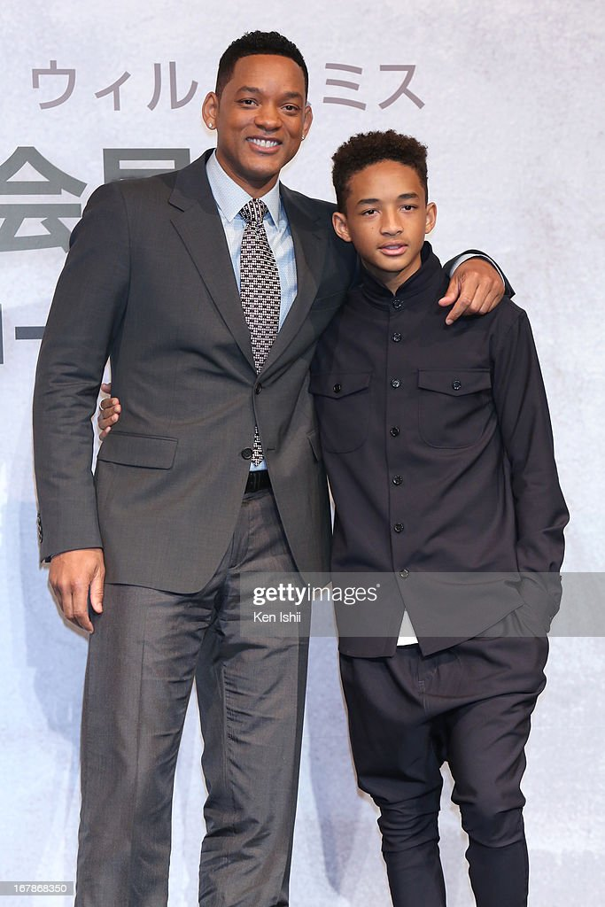 Actor <a gi-track='captionPersonalityLinkClicked' href=/galleries/search?phrase=Will+Smith&family=editorial&specificpeople=156403 ng-click='$event.stopPropagation()'>Will Smith</a> and <a gi-track='captionPersonalityLinkClicked' href=/galleries/search?phrase=Jaden+Smith&family=editorial&specificpeople=709174 ng-click='$event.stopPropagation()'>Jaden Smith</a> pose for photo during the 'After Earth' Press Conference at the Ritz Carlton Tokyo on May 2, 2013 in Tokyo, Japan.