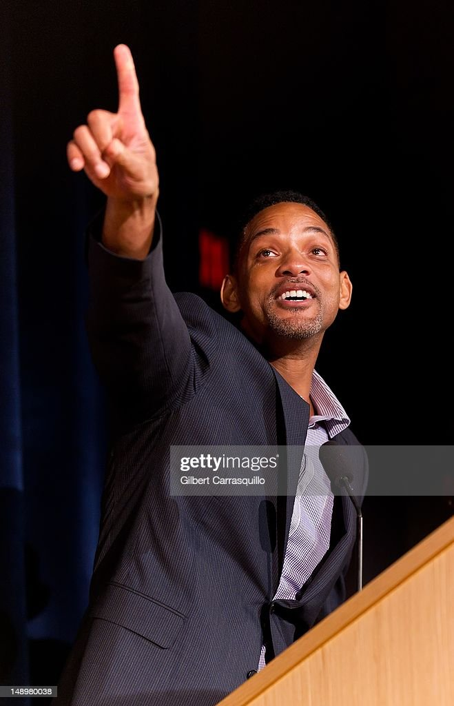 Actor <a gi-track='captionPersonalityLinkClicked' href=/galleries/search?phrase=Will+Smith+-+Actor+-+Born+1968&family=editorial&specificpeople=156403 ng-click='$event.stopPropagation()'>Will Smith</a> attends the American Benefactor Foundation 'I WILL Be Great Leaders' Ceremony honoring Charles Alston at Drexel University on July 20, 2012 in Philadelphia, Pennsylvania.