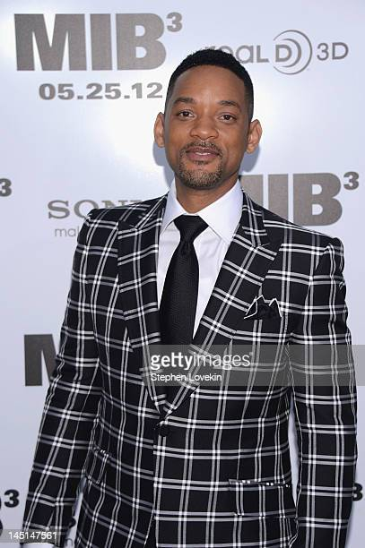 Actor Will Smith attends the 'Men In Black 3' New York Premiere at Ziegfeld Theatre on May 23 2012 in New York City