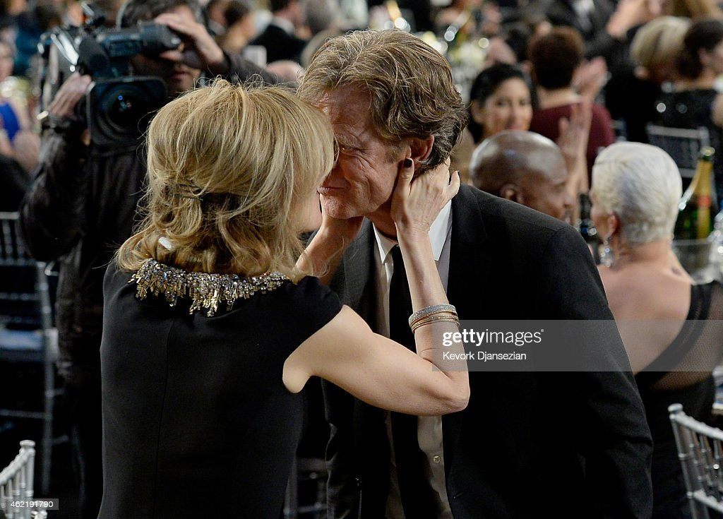 Actor William H Macy winner of best Male Actor in a Comedy Series and wife Felicity Huffman onstage at the 21st Annual Screen Actors Guild Awards at...