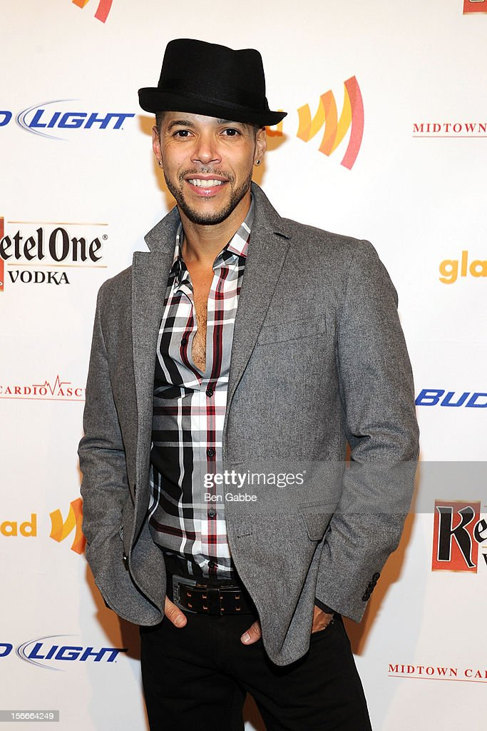 Actor <a gi-track='captionPersonalityLinkClicked' href=/galleries/search?phrase=Wilson+Cruz&family=editorial&specificpeople=660625 ng-click='$event.stopPropagation()'>Wilson Cruz</a> attends the 2012 GLAAD Art Auction at Metropolitan Pavilion on November 18, 2012 in New York City.