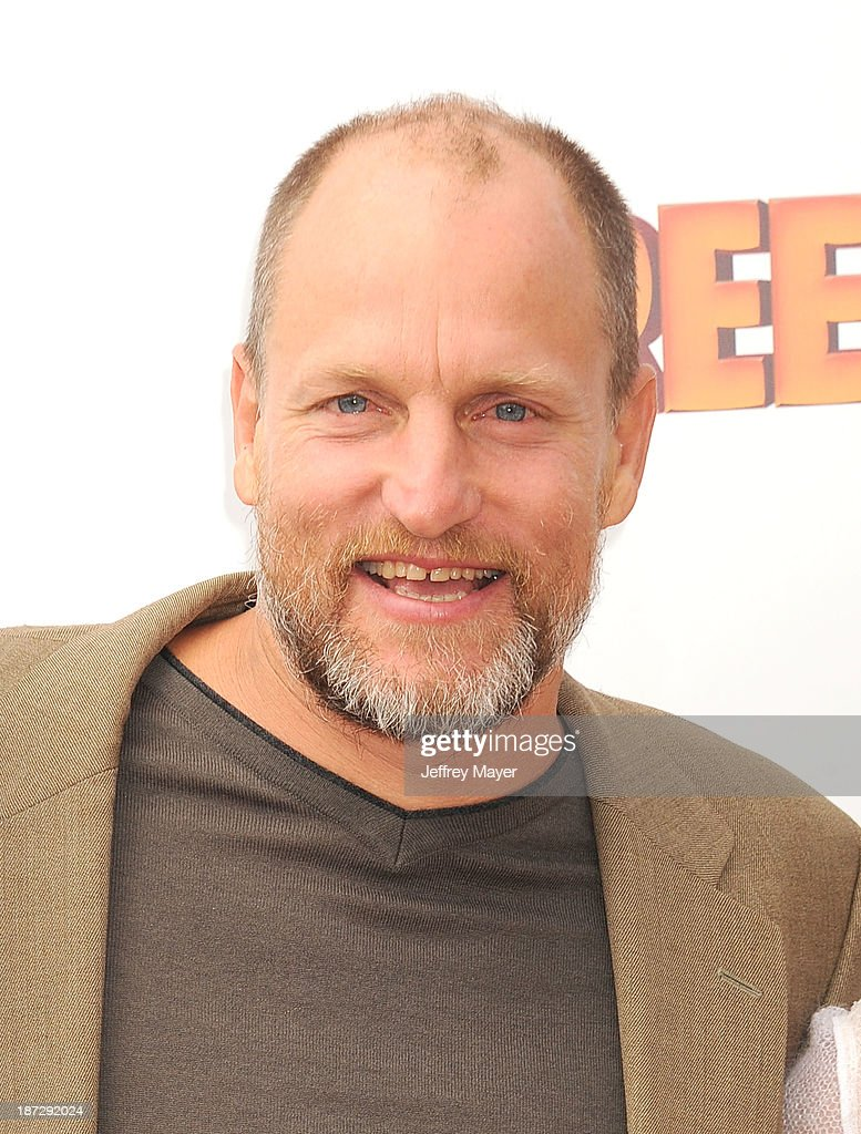 Actor <a gi-track='captionPersonalityLinkClicked' href=/galleries/search?phrase=Woody+Harrelson&family=editorial&specificpeople=208923 ng-click='$event.stopPropagation()'>Woody Harrelson</a> arrives at the 'Free Birds' - Los Angeles Premiere at Westwood Village Theatre on October 13, 2013 in Westwood, California.