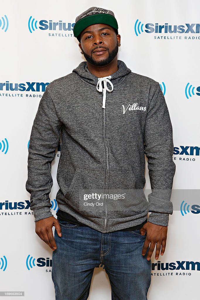 Actor/ writer <a gi-track='captionPersonalityLinkClicked' href=/galleries/search?phrase=Craig+Wayans&family=editorial&specificpeople=5843021 ng-click='$event.stopPropagation()'>Craig Wayans</a> visits the SiriusXM Studios on January 15, 2013 in New York City.