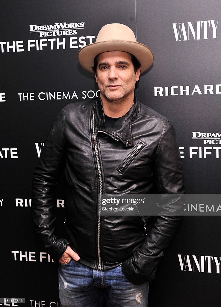 Actor <a gi-track='captionPersonalityLinkClicked' href=/galleries/search?phrase=Yul+Vazquez&family=editorial&specificpeople=2491110 ng-click='$event.stopPropagation()'>Yul Vazquez</a> attends 'The Fifth Estate' screening hosted by The Cinema Society with Vanity Fair and Richard Mille at Crosby Street Hotel on October 11, 2013 in New York City.