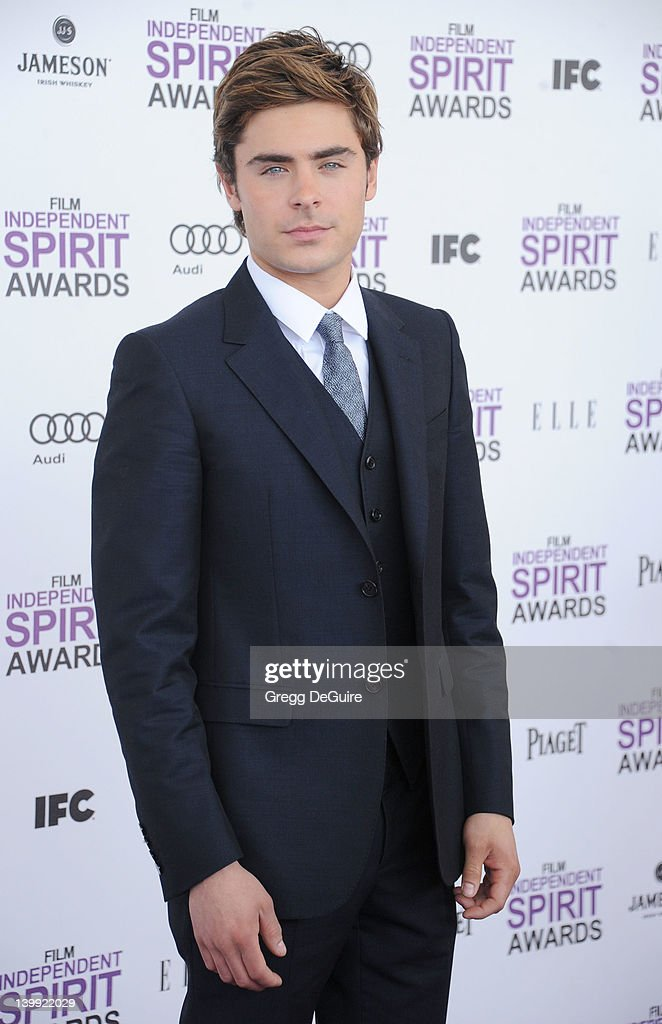 Actor <a gi-track='captionPersonalityLinkClicked' href=/galleries/search?phrase=Zac+Efron&family=editorial&specificpeople=533070 ng-click='$event.stopPropagation()'>Zac Efron</a> arrives at the 2012 Film Independent Spirit Awards at Santa Monica Pier on February 25, 2012 in Santa Monica, California.