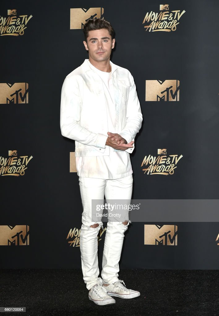 Actor Zac Efron attends the 2017 MTV Movie And TV Awards at The Shrine Auditorium on May 7, 2017 in Los Angeles, California.