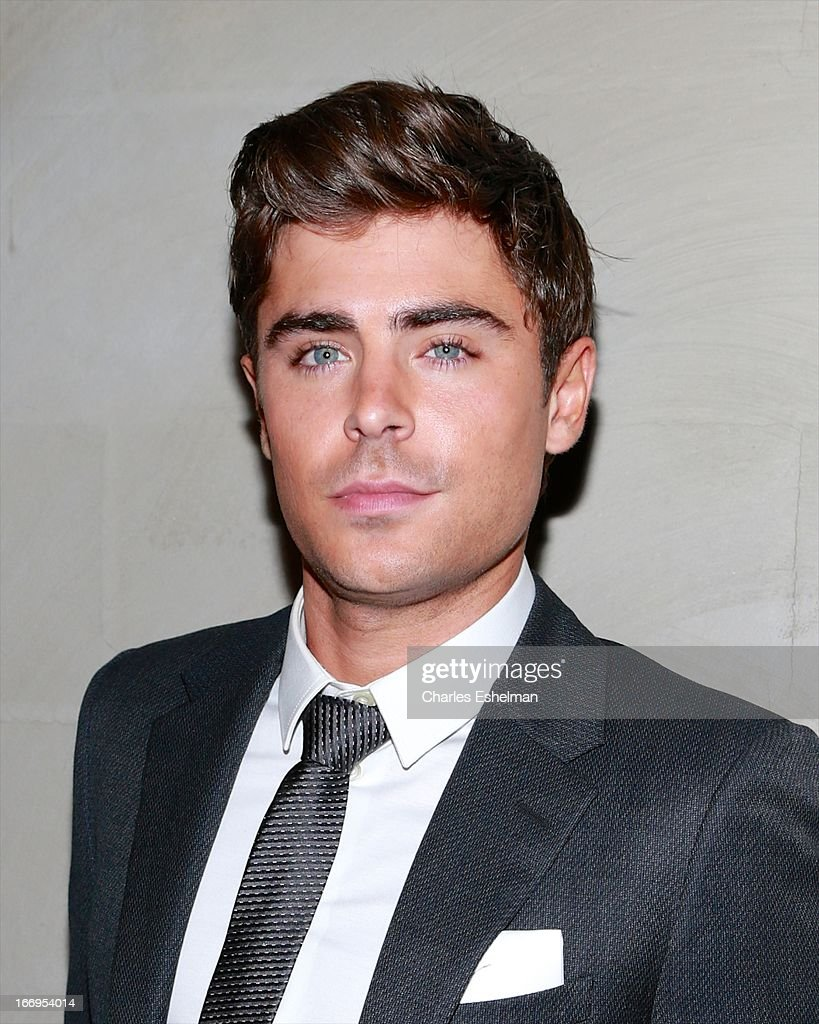 Actor <a gi-track='captionPersonalityLinkClicked' href=/galleries/search?phrase=Zac+Efron&family=editorial&specificpeople=533070 ng-click='$event.stopPropagation()'>Zac Efron</a> attends The Cinema Society & Bally screening of Sony Pictures Classics' 'At Any Price' at Landmark Sunshine Cinema on April 18, 2013 in New York City.