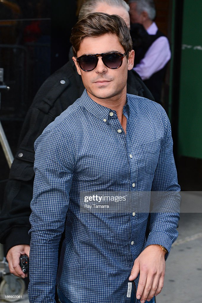 Actor Zac Efron leaves the 'Good Morning America' taping at the ABC Times Square Studios on April 18, 2013 in New York City.