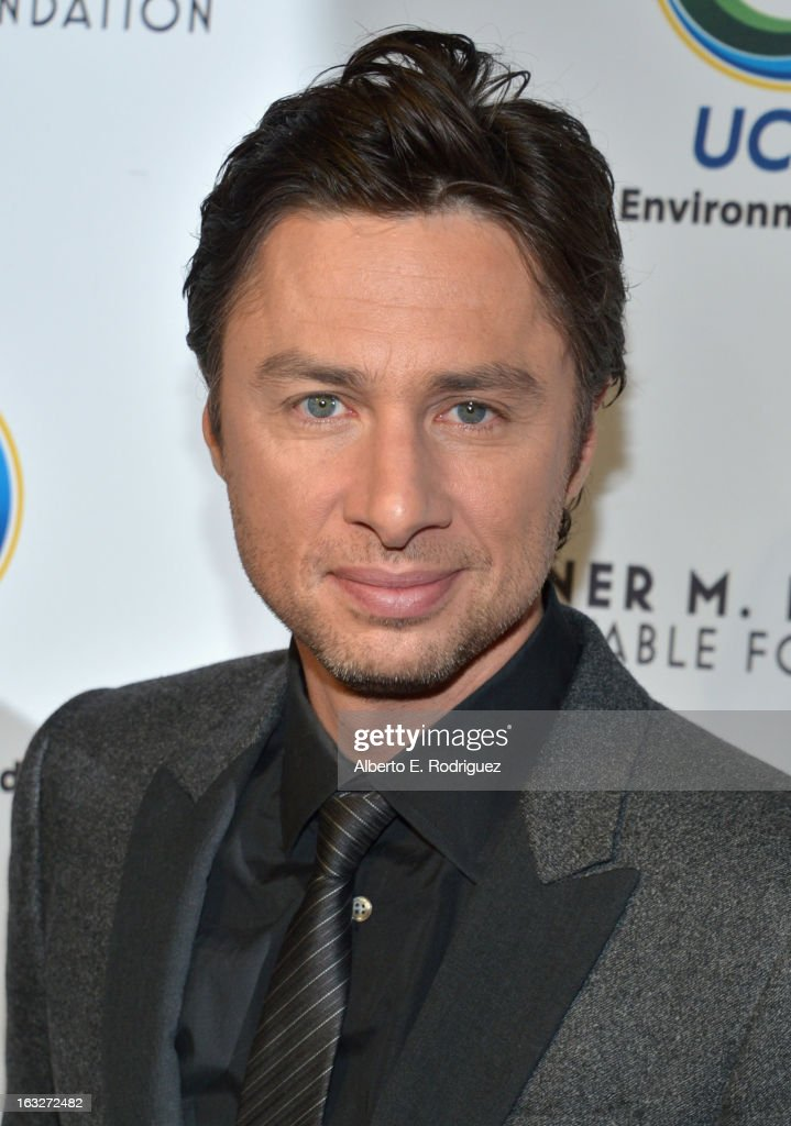 Actor <a gi-track='captionPersonalityLinkClicked' href=/galleries/search?phrase=Zach+Braff&family=editorial&specificpeople=203253 ng-click='$event.stopPropagation()'>Zach Braff</a> attends the UCLA Institute Of The Environment And Sustainability's 2nd Annual Evening Of Environmental Excellence on March 5, 2013 in Beverly Hills, California.
